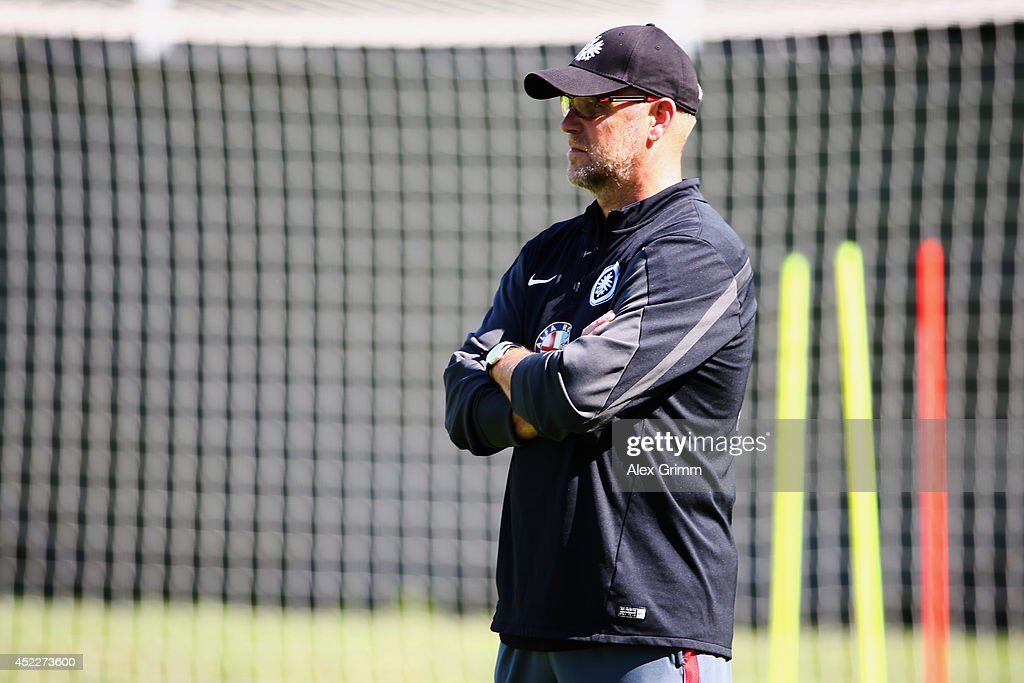 Head coach <a gi-track='captionPersonalityLinkClicked' href=/galleries/search?phrase=Thomas+Schaaf&family=editorial&specificpeople=216597 ng-click='$event.stopPropagation()'>Thomas Schaaf</a> looks on during an Eintracht Frankfurt training session at Commerzbank Arena on July 17, 2014 in Frankfurt am Main, Germany.