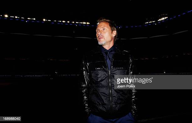 Head coach Thorsten Fink of Hamburg looks on prior to the Bundesliga match between Hamburger SV and Bayer 04 Leverkusen at Imtech Arena on May 18...