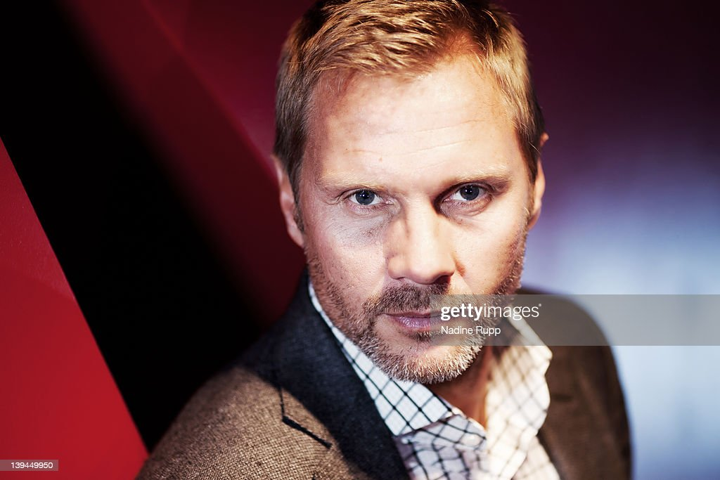 Head coach <a gi-track='captionPersonalityLinkClicked' href=/galleries/search?phrase=Thorsten+Fink&family=editorial&specificpeople=2381735 ng-click='$event.stopPropagation()'>Thorsten Fink</a> of Hamburger SV poses during a portrait session on January 30, 2012 in Hamburg, Germany.