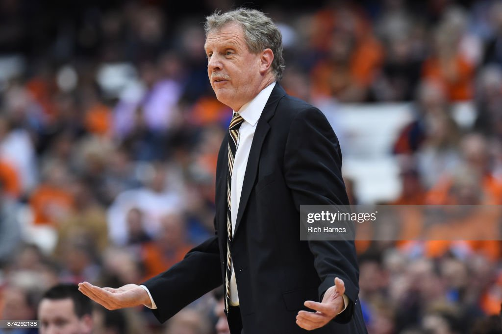 Head coach Tim Cluess of the Iona Gaels reacts to a call against the Syracuse Orange during the first half at the Carrier Dome on November 14, 2017 in Syracuse, New York.