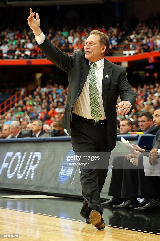 Head coach <a gi-track='captionPersonalityLinkClicked' href=/galleries/search?phrase=Tom+Izzo&family=editorial&specificpeople=238861 ng-click='$event.stopPropagation()'>Tom Izzo</a> of the Michigan State Spartans shouts in the first half of the game against the Louisville Cardinals during the East Regional Final of the 2015 NCAA Men's Basketball Tournament at Carrier Dome on March 29, 2015 in Syracuse, New York.