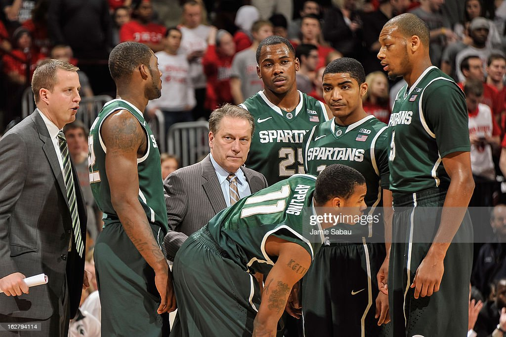 Head Coach Tom Izzo of the Michigan State Spartans talks with his team during a game against the Ohio State Buckeyes on February 24, 2013 at Value City Arena in Columbus, Ohio.