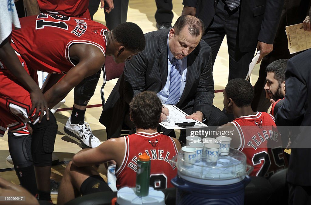 Head coach <a gi-track='captionPersonalityLinkClicked' href=/galleries/search?phrase=Tom+Thibodeau&family=editorial&specificpeople=2162261 ng-click='$event.stopPropagation()'>Tom Thibodeau</a> of the Chicago Bulls discusses the next play during a break in the action against the Cleveland Cavaliers at The Quicken Loans Arena on November 2, 2012 in Cleveland, Ohio.