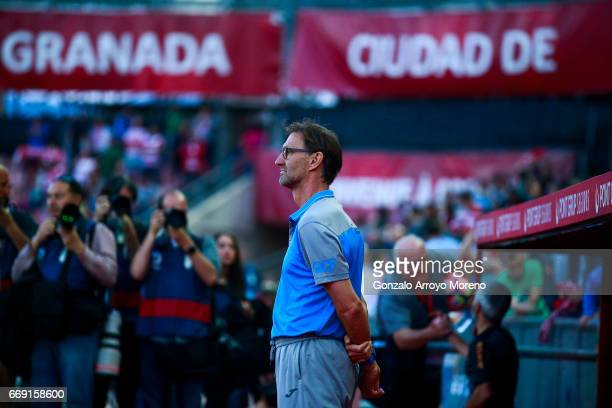 Head coach Tony Adams of Granada CF stands ahead the bench prior to start the La Liga match between Granada CF and Real Club Celta de Vigo at Estadio...