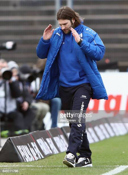 Head coach Torsten Frings of Darmstadt reacts during the Bundesliga match between SV Darmstadt 98 and FC Augsburg at JonathanHeimesStadion am...
