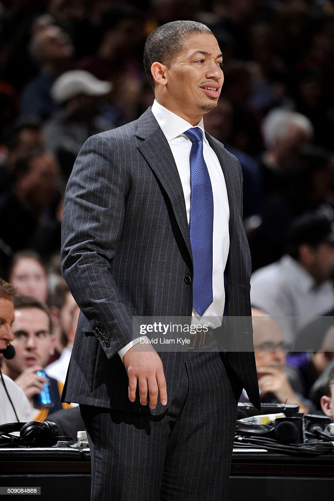 Head Coach <a gi-track='captionPersonalityLinkClicked' href=/galleries/search?phrase=Tyronn+Lue&family=editorial&specificpeople=202063 ng-click='$event.stopPropagation()'>Tyronn Lue</a> of the Cleveland Cavaliers looks on during the game against the Sacramento Kings on February 8, 2016 at Quicken Loans Arena in Cleveland, Ohio.
