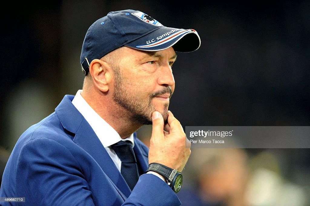 Head coach UC Sampdoria <a gi-track='captionPersonalityLinkClicked' href=/galleries/search?phrase=Walter+Zenga&family=editorial&specificpeople=891748 ng-click='$event.stopPropagation()'>Walter Zenga</a> gestures during the Serie A match between UC Sampdoria and AS Roma at Stadio Luigi Ferraris on September 23, 2015 in Genoa, Italy.