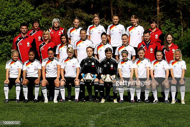 head coach Ulrike Ballweg Baerbel Petzold Isabel Kerschowski Stefanie Draws Josephine Henning Marie Pollmann equipment manager Jacqueline Seyde...
