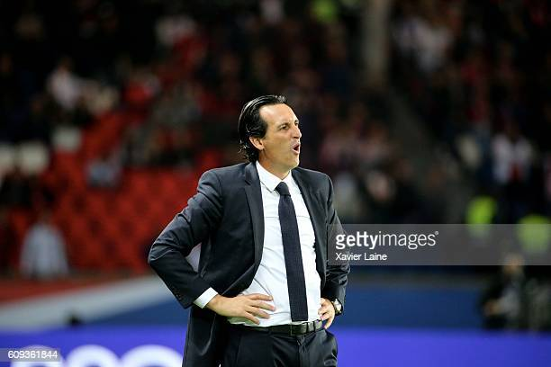 Head coach Unai Emery of Paris SaintGermain reacts during the French Ligue 1 match between Paris SaintGermain and Dijon FCO at Parc des Princes on...