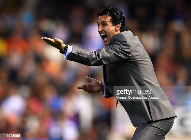 Head coach Unai Emery of Valencia shouts to his players during the La Liga match between Valencia and Villarreal at Estadio Mestalla on April 10 2011...