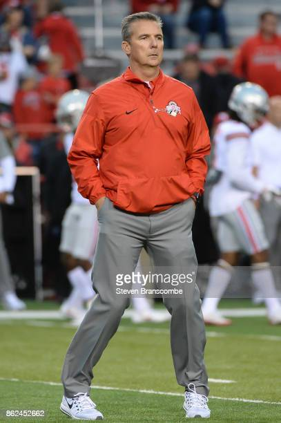 Head coach Urban Meyer of the Ohio State Buckeyes before the game against the Nebraska Cornhuskers at Memorial Stadium on October 14 2017 in Lincoln...