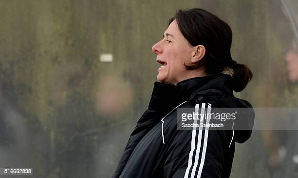 Head coach Verena Hagedorn of team Mittelrhein reacts during the U16 Girl's Federal Cup match between Westfalen and Mittelrhein at Sport School Wedau...