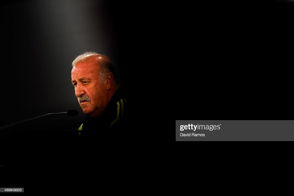 Head coach Vicente Del Bosque of Spain faces the media during a Spain press conference at Centro de Entrenamiento do Caju on June 20, 2014 in Curitiba, Brazil.