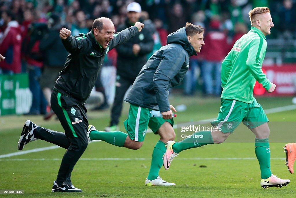 Head coach Viktor Skripnik of Bremen celebrates after the Bundesliga match SV Werder Bremen and Eintracht Frankfurt at Weserstadion on May 14 2016 in...