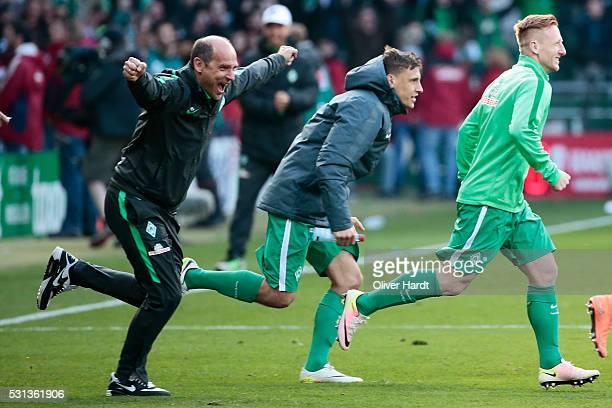 Head coach Viktor Skripnik of Bremen celebrates after the Bundesliga match SV Werder Bremen and Eintracht Frankfurt at Weserstadion on May 14 2016 in...