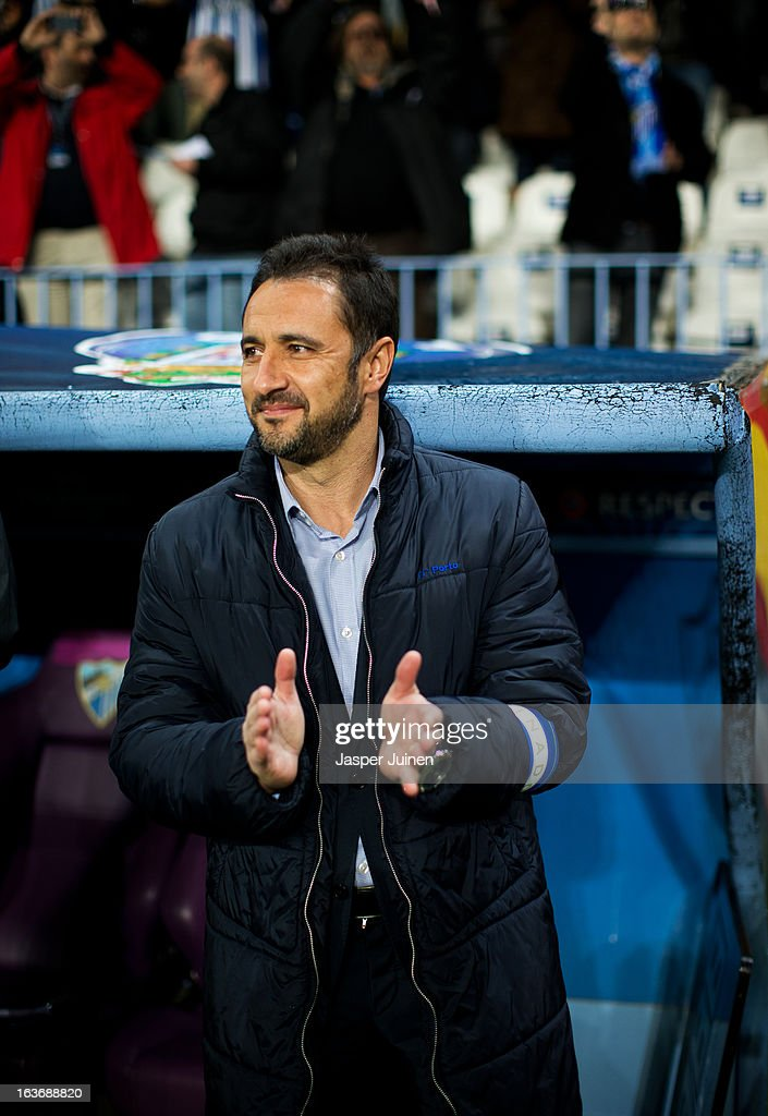Head coach Vitor Pereira of FC Porto applauds prior to the start of the UEFA Champions League Round of 16 second leg match between Malaga CF and FC Porto at La Rosaleda Stadium on March 13, 2013 in Malaga, Spain.