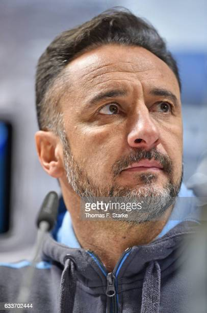 Head coach Vitor Pereira of Munich looks dejected at the press conference after the Second Bundesliga match between DSC Arminia Bielefeld and TSV...