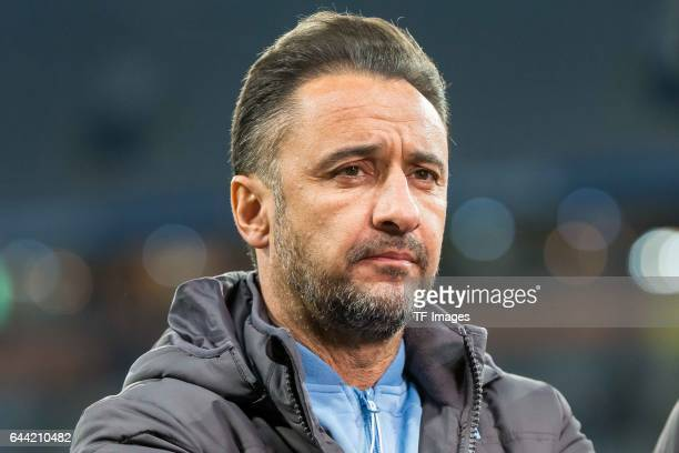 Head coach Vítor Pereira of TSV 1860 Muenchen looks on during the Second Bundesliga match between TSV 1860 Muenchen and 1 FC Nuernberg at Allianz...