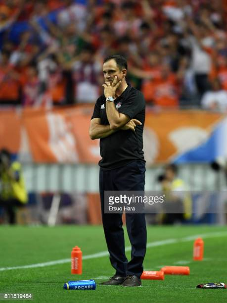 Head coach Wagner Lopes of Albirex Niigata looks on during the JLeague J1 match between Urawa Red Diamonds and Albirex Niigata at Saitama Stadium on...