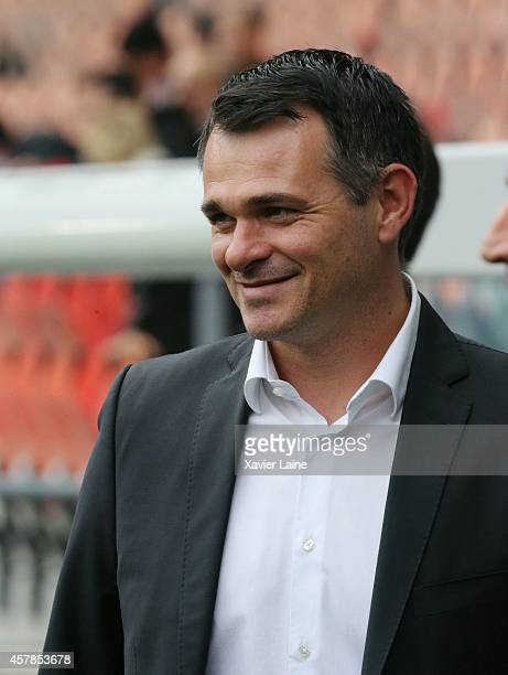 Head coach Willy Sagnol of Girondins de Bordeaux during the French Ligue 1 between Paris SaintGermain and Girondins de Bordeaux at Parc Des Princes...