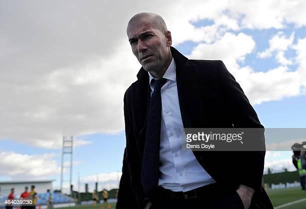 Head coach Zinedine Zidane of Real Madrid Castilla looks on during the Segunda Division B match between Real Madrid Castilla v Barakaldo CF at...