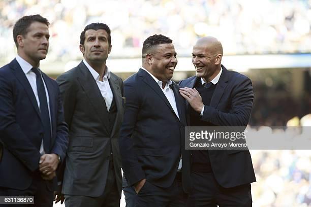 Head coach Zinedine Zidane of Real Madrid CF jokes with explayer Ronaldo Nazario close to ex players Luis Figo and Michael Owen prior to start the La...