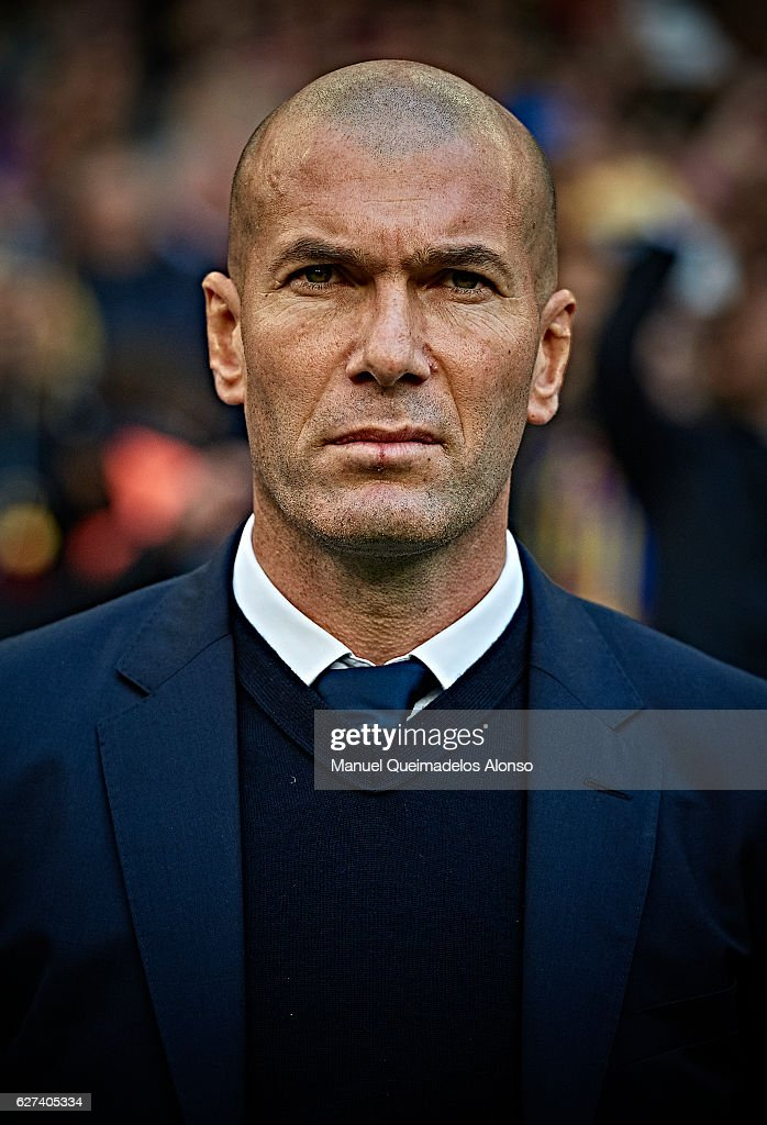 Head coach Zinedine Zidane of Real Madrid CF looks on prior to the La Liga match between FC Barcelona and Real Madrid CF at Camp Nou stadium on...
