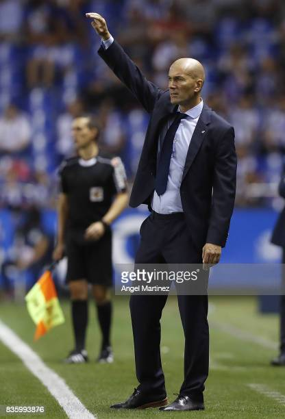 Head coach Zinedine Zidane of Real Madrid gestures during the La Liga match between Deportivo La Coruna and Real Madrid CF at Riazor Stadium on...