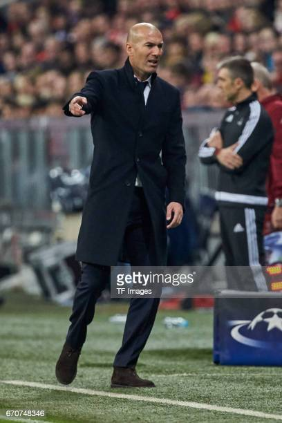 Head coach Zinedine Zidane of Real Madrid gestures during the UEFA Champions League Quarter Final first leg match between FC Bayern Muenchen and Real...
