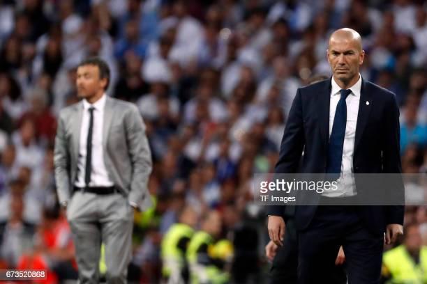 Head coach Zinedine Zidane of Real Madrid looks on during the La Liga match between Real Madrid CF and FC Barcelona at the Santiago Bernabeu stadium...