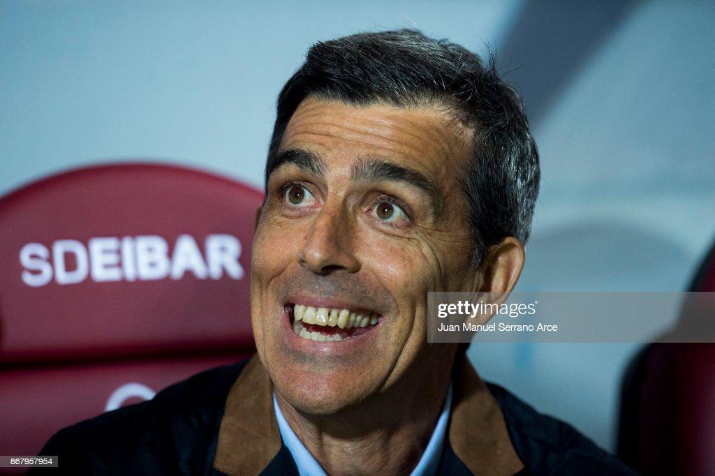 Head Cocah of Levante UD Juan Ramon Lopez Muniz of Levante looks on prior to the start the La Liga match between SD Eibar and Levante at Ipurua Municipal Stadium on October 29, 2017 in Eibar, Spain.