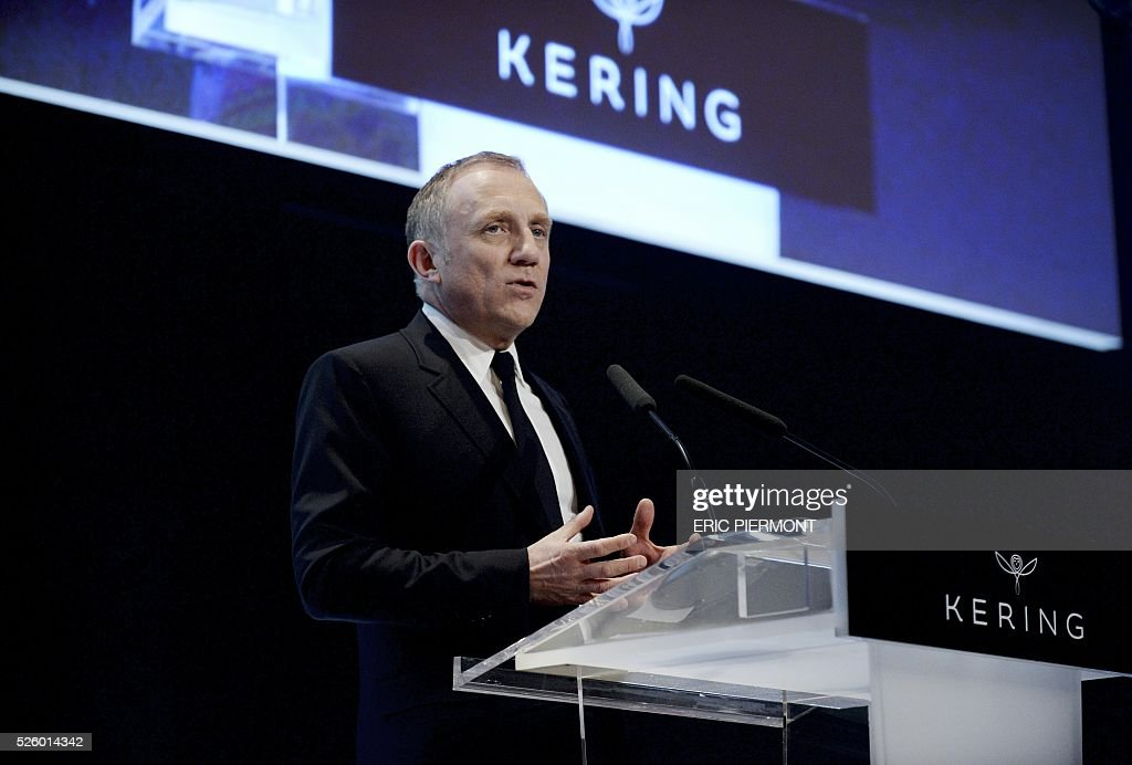 Head of French luxury and sports clothing group Kering, Francois-Henri Pinault addresses the group's annual shareholders' meeting in Paris on April 29, 2016. / AFP / ERIC