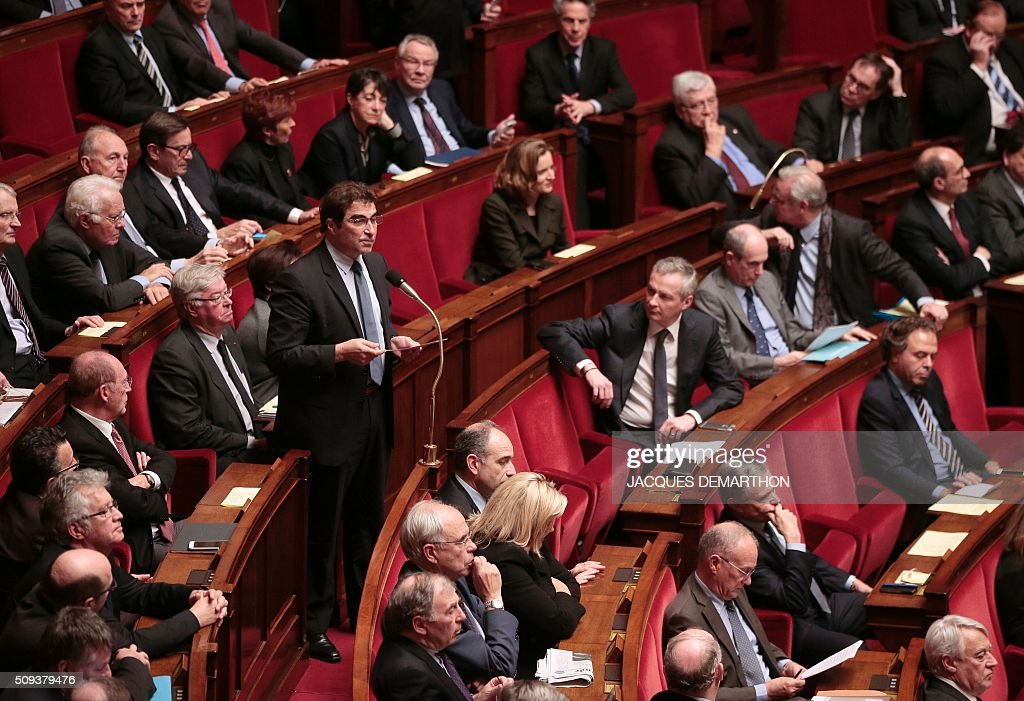 Head of Les Republicains parliamentary group Christian Jacob delivers political guidelines ('Explications de vote') before a vote on the draft-law on 'protection of the Nation' at the National Assembly in Paris on February 10, 2016. French lawmakers were to vote on February 10 on a controversial package of measures to change the constitution following the terror attacks on Paris in November. / AFP / JACQUES DEMARTHON