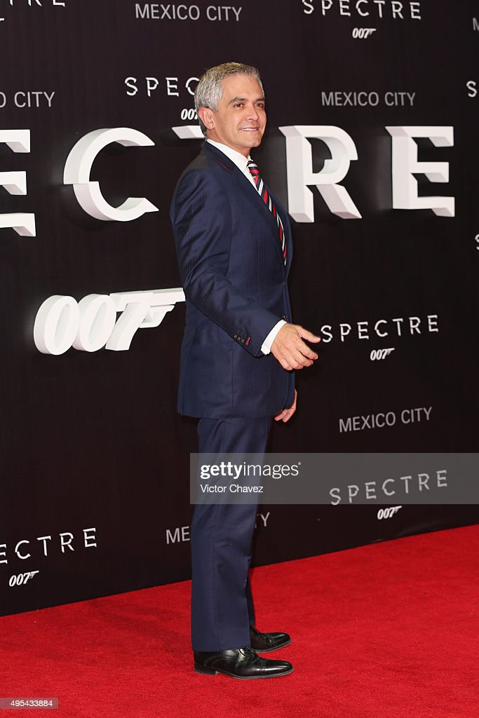 Head of the Federal District, Miguel Angel Mancera attends the 'Spectre' Mexico City premiere at Auditorio Nacional on November 2, 2015 in Mexico City, Mexico.