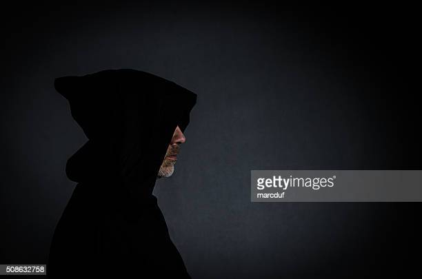Cabezal Toma de un monje negro