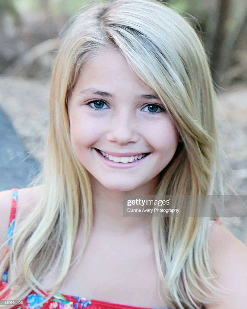 Head shot of young girl : Stock Photo