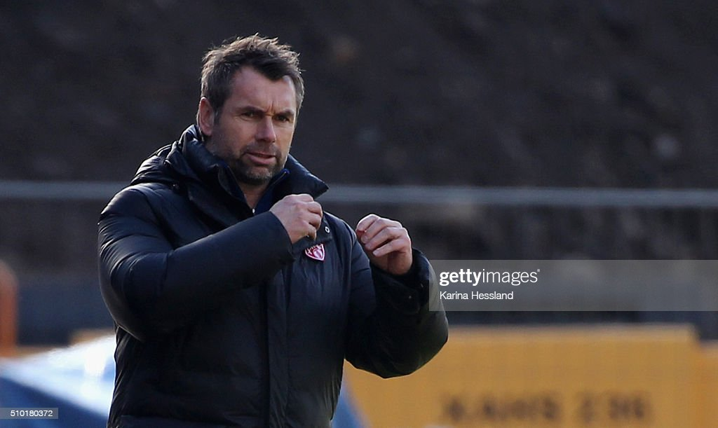 Headcoach <a gi-track='captionPersonalityLinkClicked' href=/galleries/search?phrase=Bernd+Hollerbach&family=editorial&specificpeople=2057054 ng-click='$event.stopPropagation()'>Bernd Hollerbach</a> of Wuerzburg during the Third League match between FC Erzgebirge Aue and Wuerzburger Kickers at Erzgebirgsstadium on February 14, 2016 in Aue, Germany.