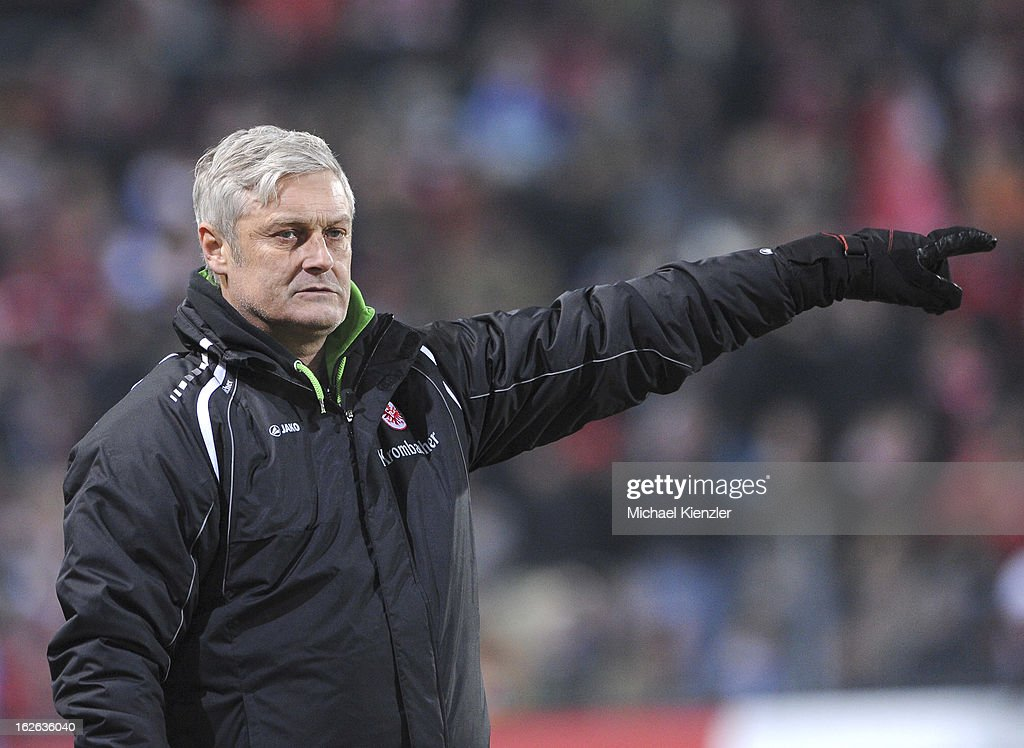 Headcoach of Frankfurt <a gi-track='captionPersonalityLinkClicked' href=/galleries/search?phrase=Armin+Veh&family=editorial&specificpeople=683317 ng-click='$event.stopPropagation()'>Armin Veh</a> reacts during the Bundesliga match between SC Freiburg and Eintracht Frankfurt at MAGE SOLAR Stadium on February 22, 2013 in Freiburg, Germany.