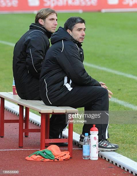 Headcoach Oscar Corrochano of Frankfurt and Assistent Max Mehring during the Regionalliga Sued match between Hessen Kassel and Eintracht Frankfurt II...