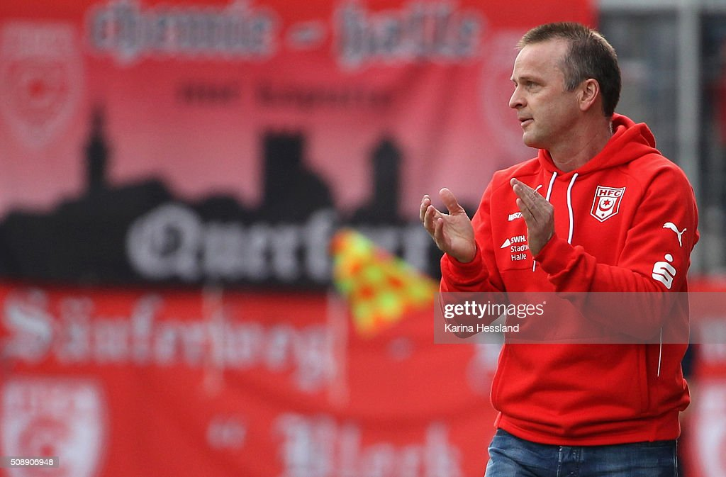 Headcoach <a gi-track='captionPersonalityLinkClicked' href=/galleries/search?phrase=Stefan+Boeger&family=editorial&specificpeople=796201 ng-click='$event.stopPropagation()'>Stefan Boeger</a> of Halle reacts during the Third League match between Hallescher FC and SG Dynamo Dresden at erdgas Sportpark on February 07, 2016 in Halle, Germany.