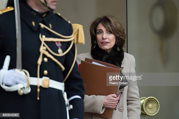 Health Minister Marisol Touraine leaves the first weekly cabinet meeting of the year at the Elysee Presidential Palace at Elysee Palace on January 4...
