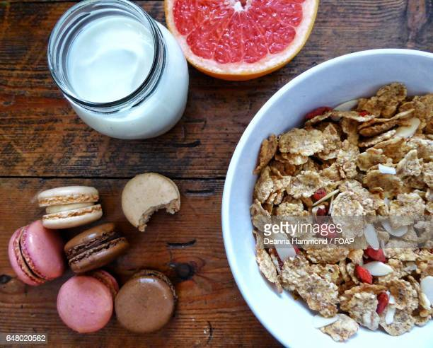 Healthy breakfast with macaroons