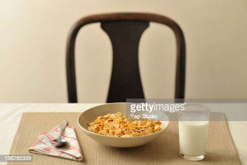 healthy cereal food with milk