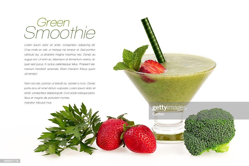 緑のヘルシーなスムージー、新鮮なフルーツや Vegatables 絶縁 : ストックフォト