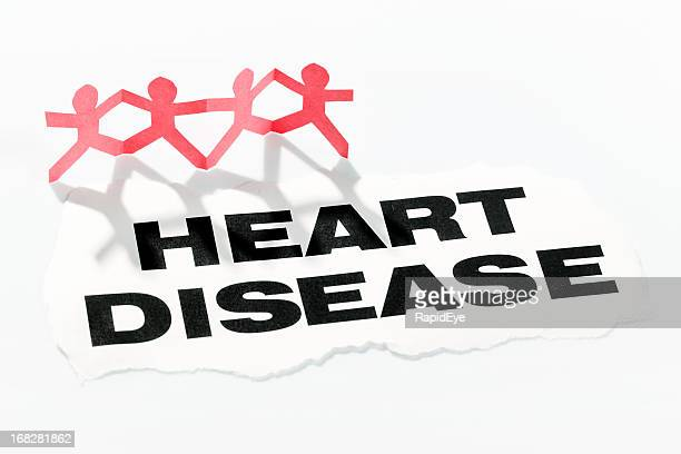 Maladie cardiovasculaire titre avec four du papier Rouge Chaîne des découpes