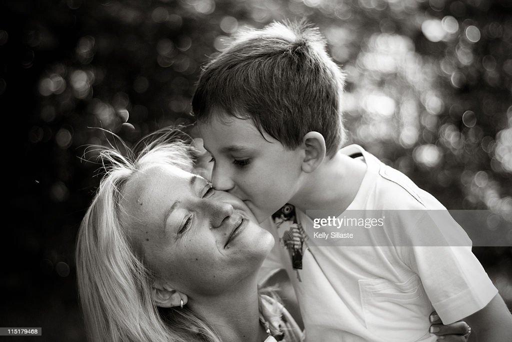 Heart melting love for Mommy : Stock Photo