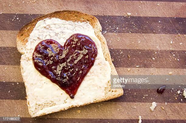 Herz auf Toast