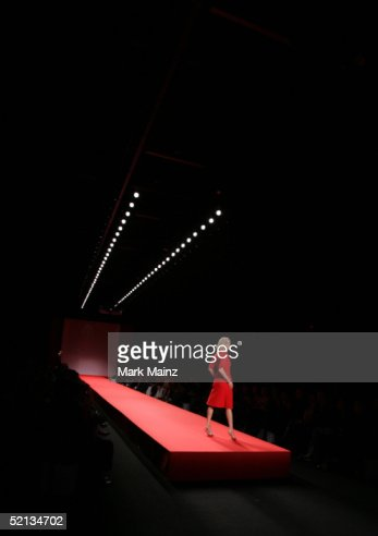 Heart Truth Red Dress Collection - Runway : Stock Photo