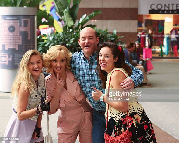 THE GOLDBERGS 'I Heart Video Dating' Erica and Lainey try to find Bill a woman of interest by using new technology for dating They recruit Adam to...