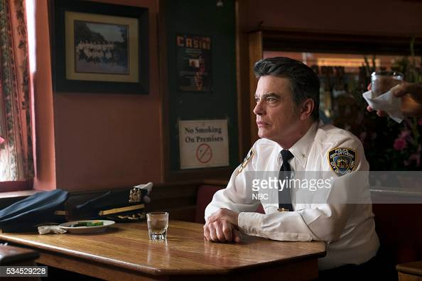 UNIT 'Heartfelt Passages' Episode 1723 Pictured Peter Gallagher as Chief William Dodds